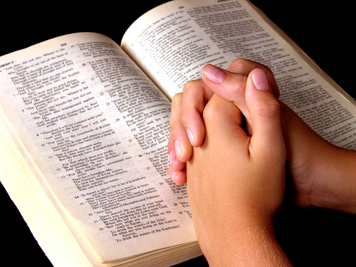 prayer-with-bible-open